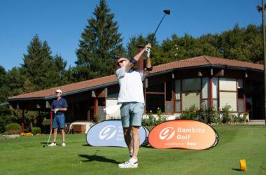 Gran ambiente acompañado de una climatología perfecta en el Club de Golf Ulzama