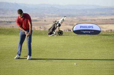 Santiago Tarrío anota -7 y produce un vuelco sorpresa en la tabla del GP Philips Lighting de Golf Retamares